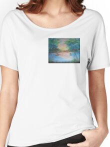 THE THIN GOLD MASK - sunset on the lake Women's Relaxed Fit T-Shirt