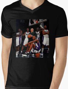 Ray Allen Milwaukee Bucks Mens V-Neck T-Shirt