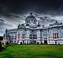 Ananta Samakhom Throne Hall HDR by Asif Patel