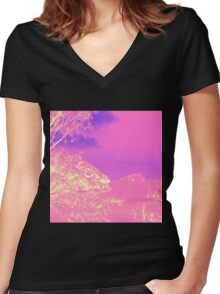 Alien Beach Seascape Women's Fitted V-Neck T-Shirt