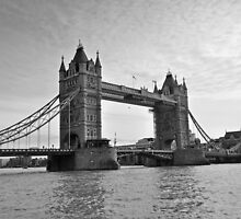 London  by arybus