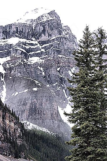 Mount Perren - One of The Ten Peaks - Moraine Lake  Alberta by Leslie van de Ligt