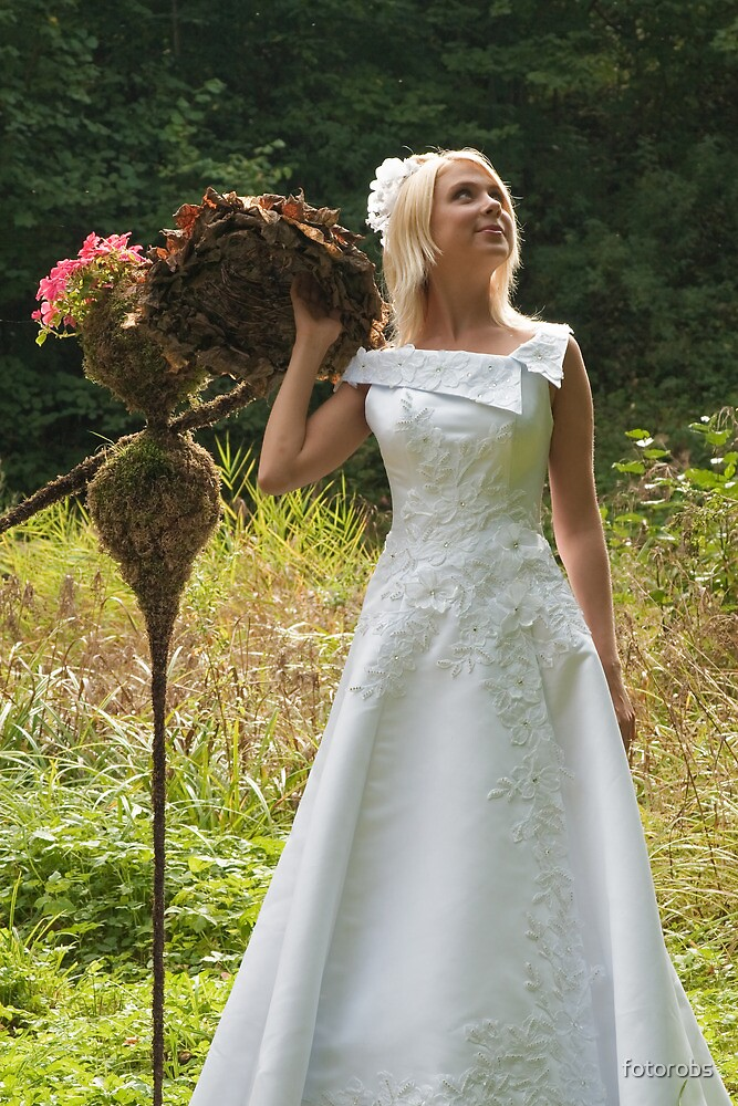 Bride outdoor by fotorobs
