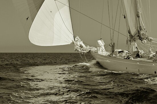 Spinnaker off the wind by benjy