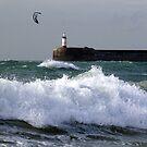Kite ,Light & Wave by mikebov