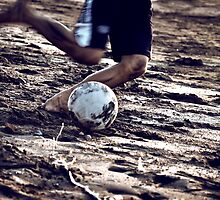 Football stories from the beach - Ready to kick by Komang