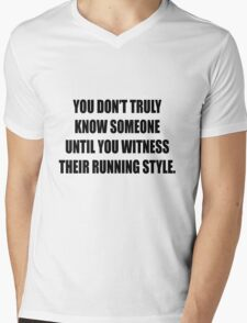 How do you run? Mens V-Neck T-Shirt