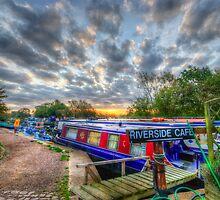 Riverside Cafe by Yhun Suarez