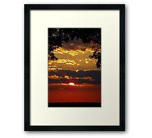 Sundown Splendor Framed Print