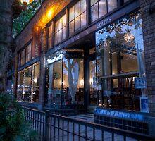 Tilikum Place Cafe by Mari  Wirta