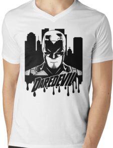 Daredevil : The devil in hell's kitchen Mens V-Neck T-Shirt