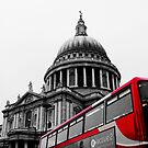 St Paul's Cathedral and Bus by Zoe Toseland