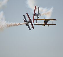Hunter Valley Airshow 2015 - Sky Aces Formation Break by muz2142