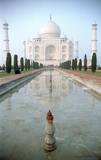 The Taj Mahal by Giles Freeman