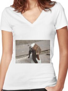 Happy Goat  Women's Fitted V-Neck T-Shirt