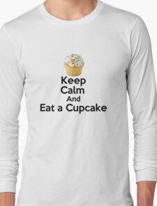 Keep Calm & Eat a Cupcake ( T-Shirt ) Long Sleeve T-Shirt