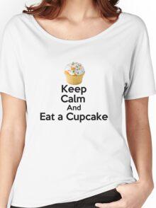 Keep Calm & Eat a Cupcake ( T-Shirt ) Women's Relaxed Fit T-Shirt