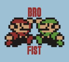 Bro Fist by sindresolhaug