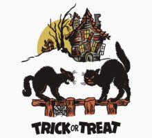 Vintage Halloween Black Cats Trick or Treat  Kids Tee