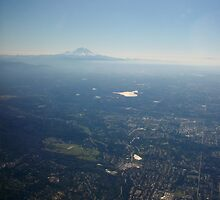 Mount Rainier by keeganspera