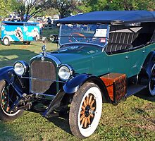 Restored 1926 Dodge Tourer by George Petrovsky