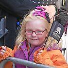 Kid at Vets parade by Kodachrome 25 ASA