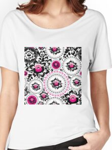 Vintage shabby Chic pattern with Pink and Black flowers  Women's Relaxed Fit T-Shirt