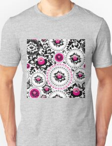 Vintage shabby Chic pattern with Pink and Black flowers  Unisex T-Shirt