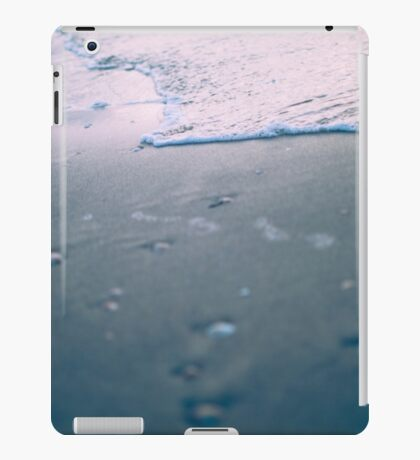 water ripples digitally manipulated beach close up  iPad Case/Skin