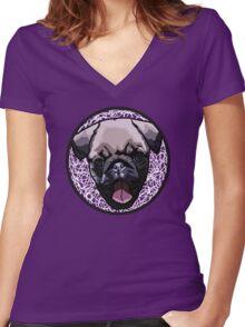 Pug Love Women's Fitted V-Neck T-Shirt