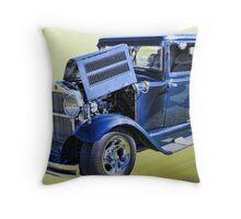 1929 Essex Challenger Super 6 Throw Pillow