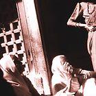 Woman talking, Udaipur by Giles Freeman