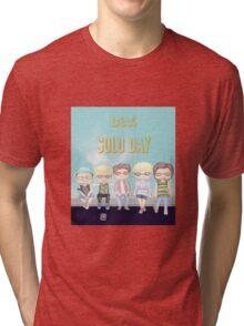 B1A4 ~ Solo day (a) Tri-blend T-Shirt