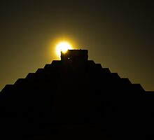 Golden Itza by thejourneysofar