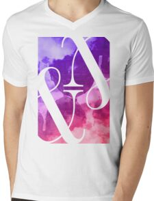 Berlin Ampersand  Mens V-Neck T-Shirt