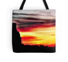 Setting sun over Milwaukee © Tote Bag