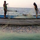Preparing the night fishing - Peparando la lancha para pesca nocturna by Bernhard Matejka