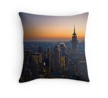 Panorama of Manhattan at sunset Throw Pillow