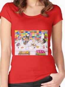 Dog 121 Chihuahua in Bath Women's Fitted Scoop T-Shirt