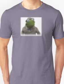Blurred kermit reporter T-Shirt