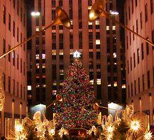 Rockefeller Center Christimas in New York by hilarysievers