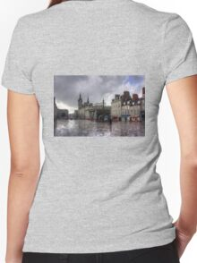 Aberdeen in the rain Women's Fitted V-Neck T-Shirt