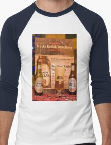 Offers good beer!!! Men's Baseball ¾ T-Shirt