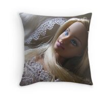 BARBIE PRINCESS Throw Pillow