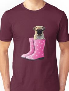 Pug in pink boots Unisex T-Shirt