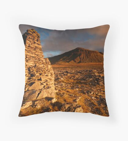 Ingleborough from Harry Hallam's Moss, Chapel-le-Dale, Ribblesdale, Yorkshire Dales Throw Pillow