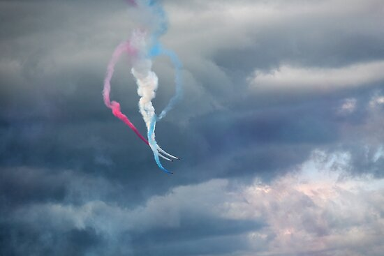 The Red Arrows 16 by Tony Steel