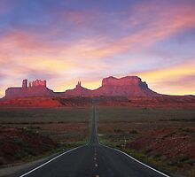 Road to Monument Valley by Ray Chiarello