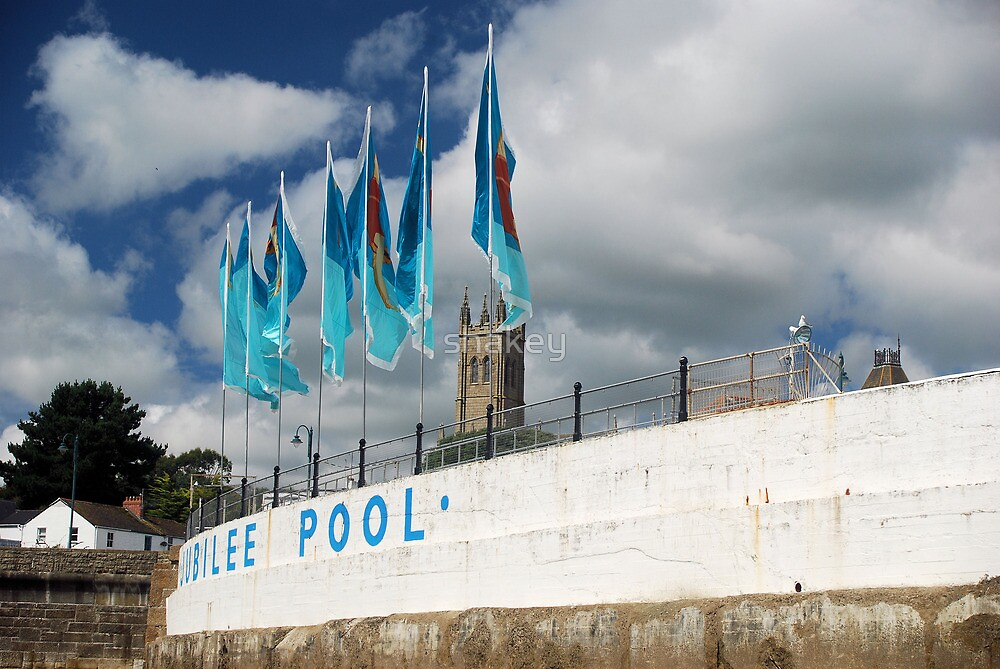 Jubilee Pool by shakey