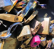 Loads of locks by shakey
